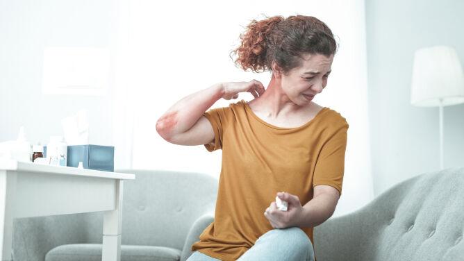 Alergie na pyłki i kurz. Jak poradzić sobie z nimi w domu?
